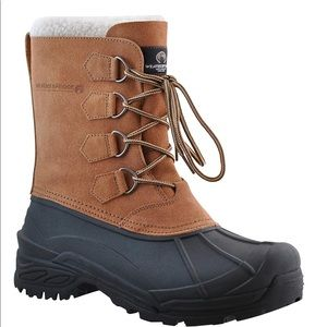 Weatherproof men's boots, perfect condition
